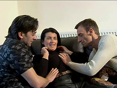 Brunette cunt gets banged by two fuckin' dudes