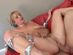 Double penetration for Isabel Ice in a threesome