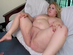 Dude bangs a blonde fuckin' fat ass bitch!