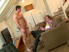 Video of hardcore gay fucking between two amateur lovers at home