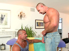 Rougy gay sex among two muscular guys after an oil massage
