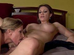Kinky ladies please each other in a lesbian scene