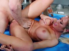 Foxy pornstar Capri Cavanni fucked and gets mouth full of cum