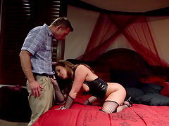 Horny wife Maddy Oreilly spreads her legs for balls deep anal