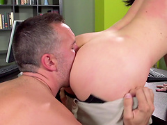 Ass eating turns on Jayden Jaymes and she gets fucked from behind