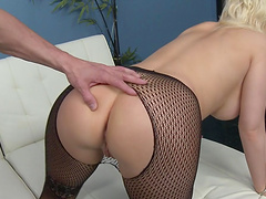 Nice tits and ass blondie Kagney Lynn Karter in fishnet stockings