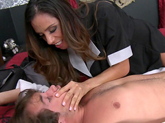 Two babes Ariella Ferrera and Jynx Maze team up for one large dick