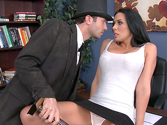 Smooth pussy drilling on the office table ends with a facial for Rachel