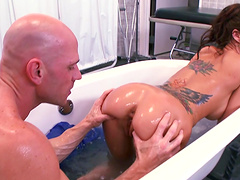 Doctor Gia Dimarco spreads her legs for a cock of her patient