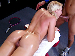 Blonde babe Anikka Albrite wanted a massage and got penetrated