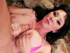 Fake boobs wife Rayveness fucked in her trimmed pussy by her lover