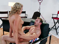 Mia Malkova is in need of a handsome man's hard penis