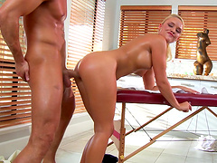 Oiled pornstar Alexis Monroe fucked by a fat cock after a massage