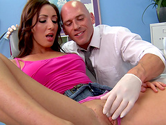 Brunette darling Vivie Delmonico fucked on the hospital bed